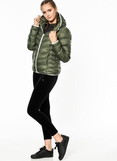 adidas Outdoor Şişme Mont Renkli
